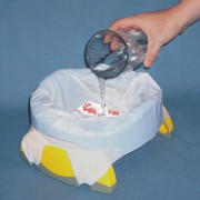 Pot nomade Potette Plus avec sa recharge jetable ultra absorbante